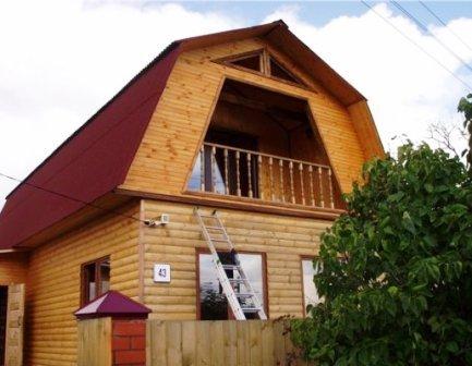 дом, обшитый блок хаусом, не отличишь от настоящего сруба