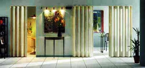 складные двери - функциональны и могут стать украшением дома