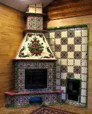 камин, отделанный изразцовыми плитками