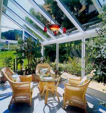 окна и двери для оранжерей могут пригодиться и для летней кухни