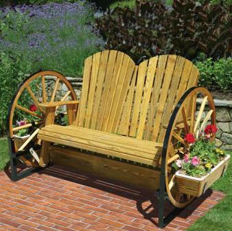 деревянная садовая мебель должна быть устойчива к влаге