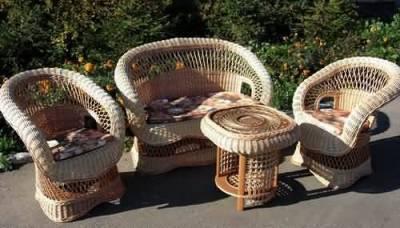 мебель из ивовой лозы