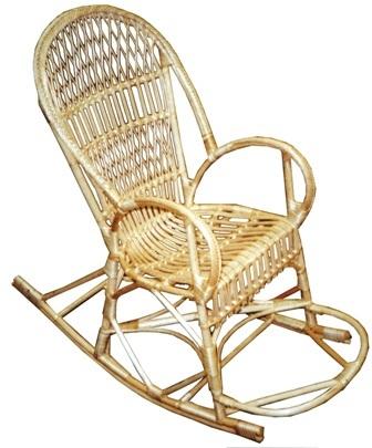плетеная мебель с толстым каркасом и качественным плетением может прослужить 20-30 лет