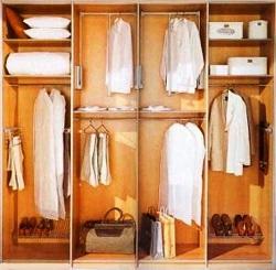 при проектировке внутреннего пространства шкафа нужно подумать, что именно и как хотелось бы там разместить