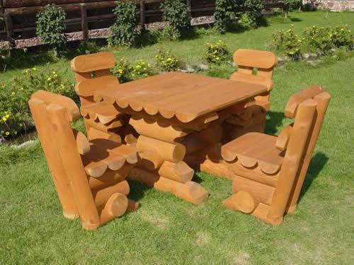набор садовой мебели из оцилиндрованного бревна