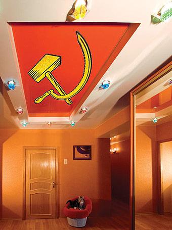 на натяжной потолок можно нанести любые расцветки и рисунки