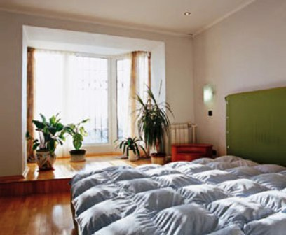 спальная,совмещенная с лоджией