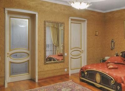 Установка межкомнатных дверей в СПб