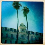 #palaisdesanglais #beaulieusurmer #beaulieu #streetphotography  #архитектура #линиижизни #lineoflive #lifeline #architecture #frenchriviera