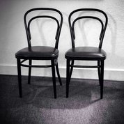 #венскиестулья - #классикажанра! Всегда  #крассиво,  всегда #модно, к месту в любом интерьере. При этом потрясающе #практично: #удобно и #долговечно. На мой взгляд, непревзойдённая #иконастиля! #артобъект #архитектура #вечныеценности #мебель #стул #architecture #design #furniture #furnituredesign #chair #classic #classicchair #chick #icon #bentwoodchair #evergreen #timeless #timelessluxury #стильно #stylish
